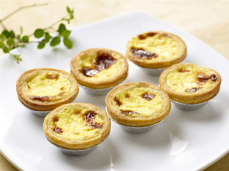 egg tart making