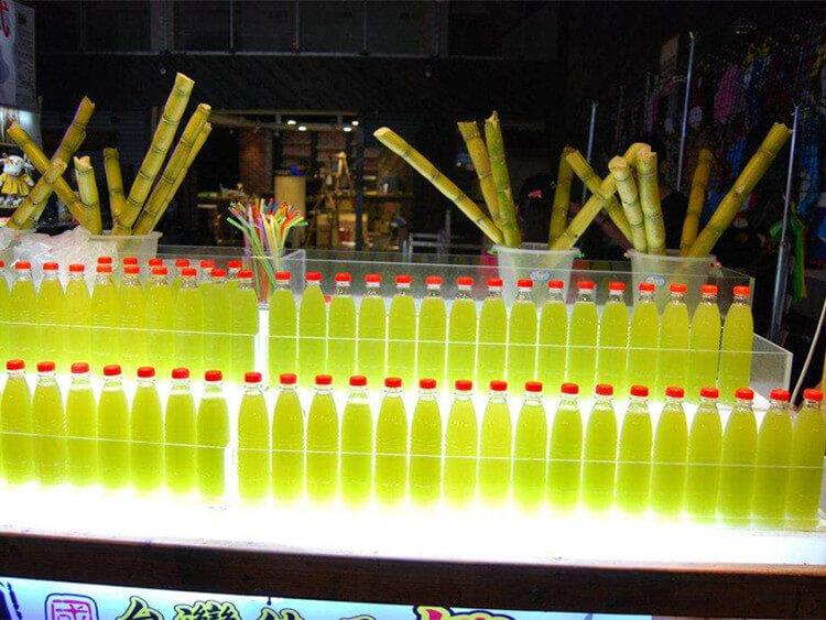 sugarcane juice extracting
